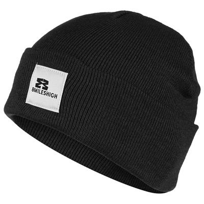 EIGHT MILES HIGH Beanie SHORT black