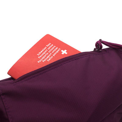Hipbag-darkberry-detail2.jpg