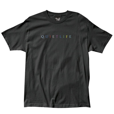 THE QUIET LIFE T-Shirt SERIF RAINBOW black