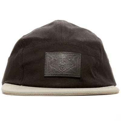 REBEL8 5Panel Cap TRIUMPHANT black/grey