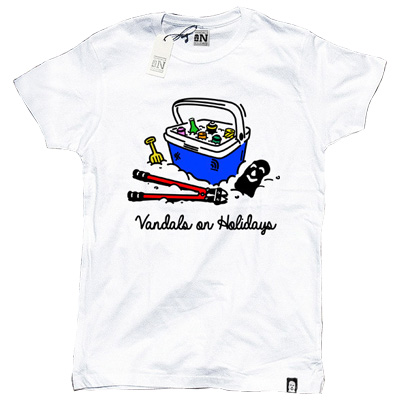 VANDALS ON HOLIDAYS T-Shirt BEACH KIT white