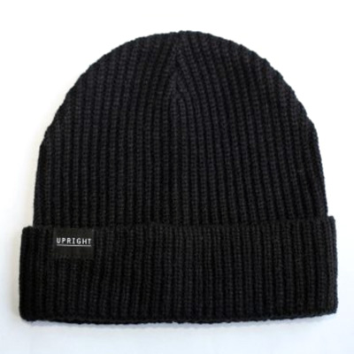 UPRIGHT Beanie LOGO black