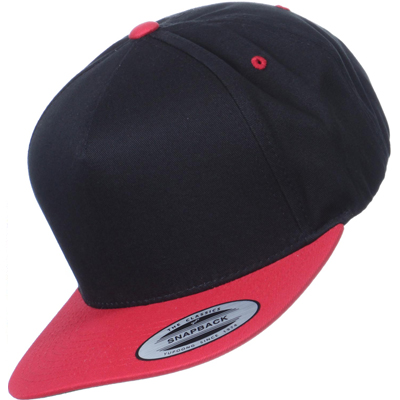 YUPOONG Classic 5 Panel Snapback black/red