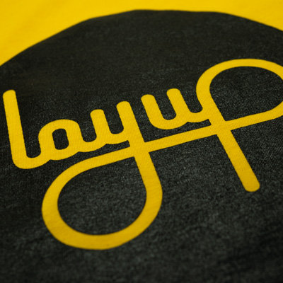 layup-tshirt-yellow-black-detail1.jpg