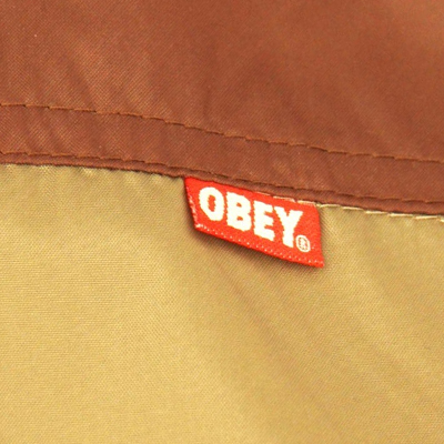windbreaker-standard-issue-brown-khaki-obey-3.jpg